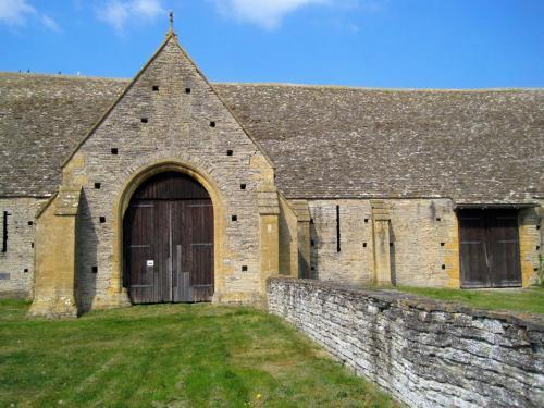 Middle Littleton Tythe Barn